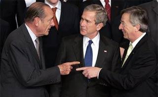 bush_chirac_pointing.jpg