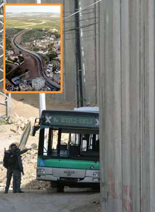 israel-wall-twothingswrong.jpg